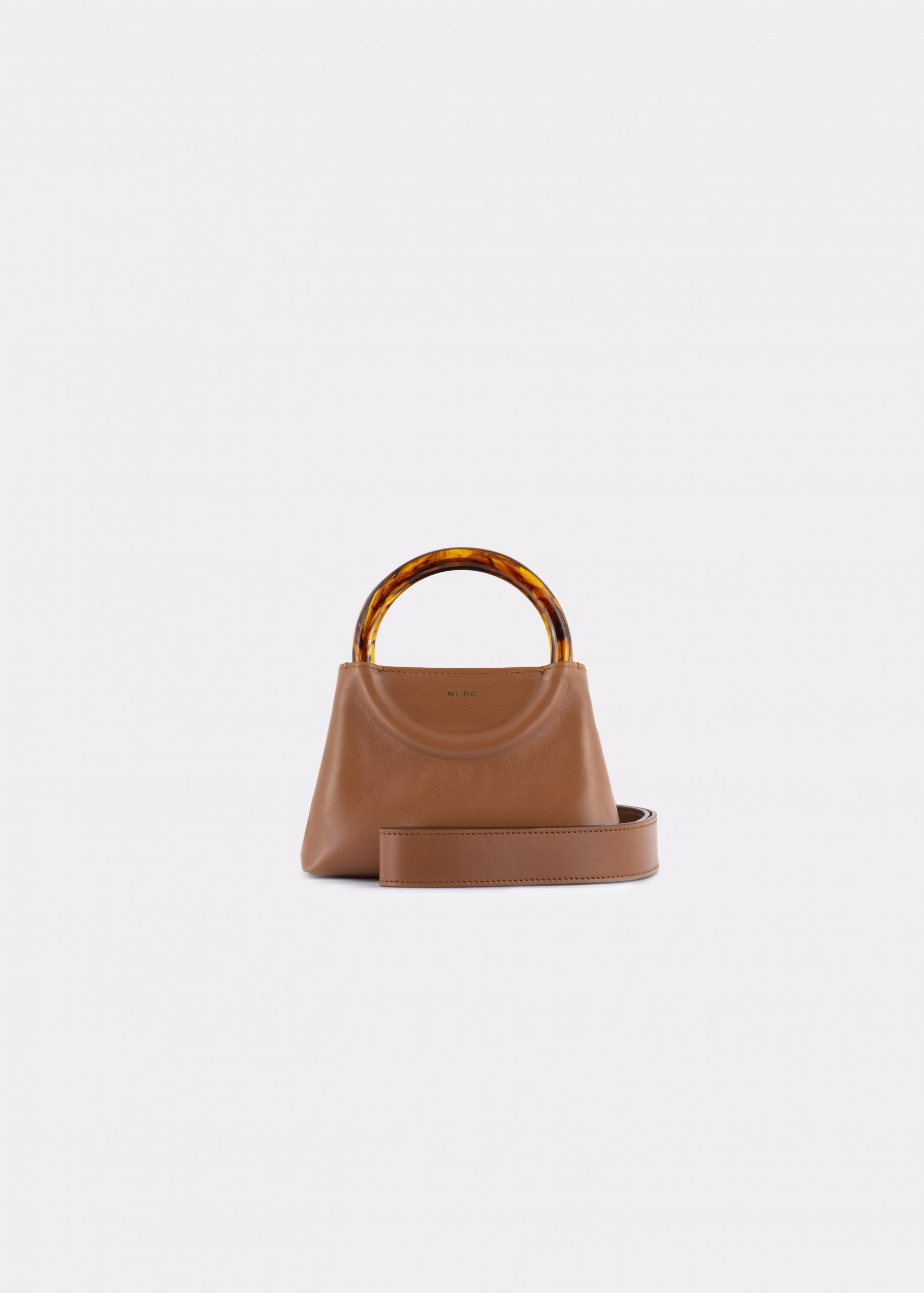 NIDO Bolla Micro bag biscuit leather Amber_shoulder strap view