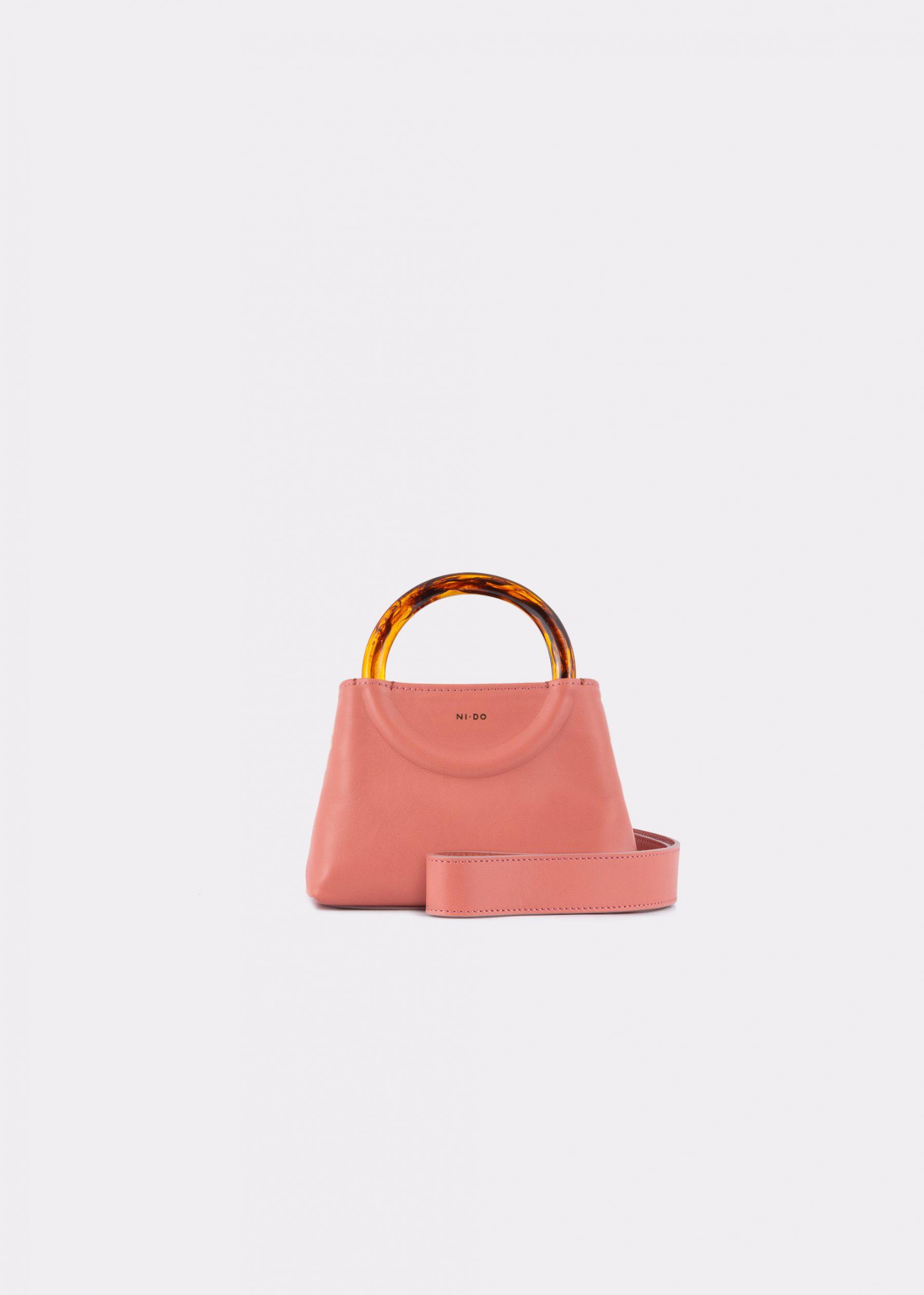 NIDO-Bolla_Micro-bag-blush_shoulderstrap view